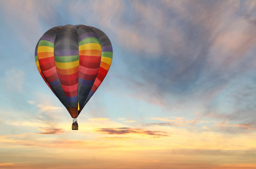 Hot air balloon in Albuquerque to illustrate marketing incentives | Element - The Prize & Incentive People