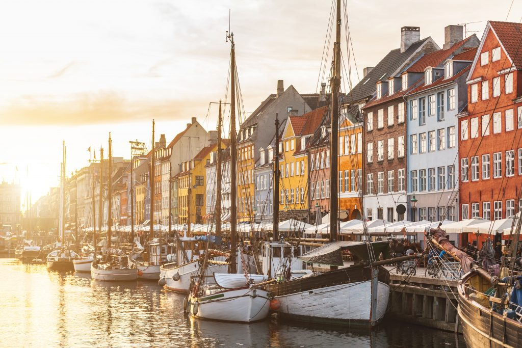 Dream Incentive Destination: Copenhagen Colourful Houses   Element - The Prize & Incentive People